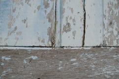 Το ξύλο χρωμάτισε μια εξασθενισμένη παλαιά αποφλοίωση χρωμάτων από μια ζάλη που στερεώθηκε Στοκ φωτογραφίες με δικαίωμα ελεύθερης χρήσης