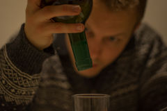Το οινόπνευμα σας καθιστά ηλίθιους Στοκ φωτογραφία με δικαίωμα ελεύθερης χρήσης