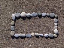 Το ορθογώνιο των πετρών στην άμμο Στοκ φωτογραφίες με δικαίωμα ελεύθερης χρήσης