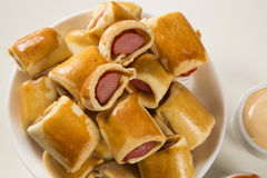 Το λουκάνικο έψησε τα πρόχειρα φαγητά Βραζιλιάνα πρόχειρα φαγητά Στοκ φωτογραφία με δικαίωμα ελεύθερης χρήσης