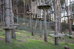 Το πάρκο περιπέτειας στο δάσος Στοκ Εικόνες