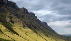 Το πέρασμα Sani, πέρασμα βουνών που συνδέει Underberg στη Νότια Αφρική με Mokhotlong στο Λεσόθο στοκ εικόνες