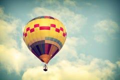 το πέταγμα τσίρκων μπαλονιών αέρα bealton καυτό εμφανίζει va Στοκ Φωτογραφία