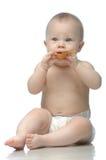 το παίζοντας μικρό παιδί κουταλιών πανών Στοκ φωτογραφία με δικαίωμα ελεύθερης χρήσης