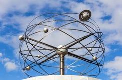 Το παγκόσμιο ρολόι στο Βερολίνο στοκ εικόνα με δικαίωμα ελεύθερης χρήσης