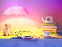 Το παιχνίδι παιδιών ` s, βιβλία, ρολόι, ο λαμπτήρας βρίσκεται σε έναν πίνακα Στοκ Φωτογραφία