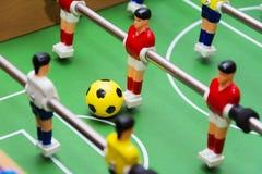 Το παιχνίδι ποδοσφαίρου επιτραπέζιου ποδοσφαίρου, κλείνει επάνω Στοκ Φωτογραφίες