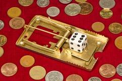 Το παιχνίδι τυχερού παιχνιδιού με τη χαρτοπαικτική λέσχη χωρίζει σε τετράγωνα την έννοια Στοκ Εικόνες