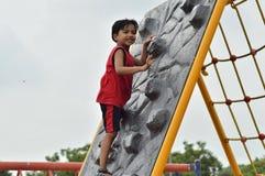 Το παιδί είναι περιοχή παιχνιδιού στοκ φωτογραφίες με δικαίωμα ελεύθερης χρήσης