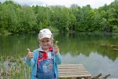 Το παιδί στη φύση Στοκ Εικόνες