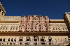 Το παλάτι Mahal Hawa των ανέμων ` ή το παλάτι ` του αερακιού ` είναι ένα παλάτι στο Jaipur, Ινδία Κατασκευάζεται του κόκκινου και στοκ εικόνες με δικαίωμα ελεύθερης χρήσης