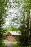 Το παλαιό ξύλινο σπίτι Στοκ φωτογραφίες με δικαίωμα ελεύθερης χρήσης