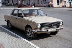 Το παλαιό σοβιετικός-γίνοντα GAZ 24 Στοκ εικόνα με δικαίωμα ελεύθερης χρήσης
