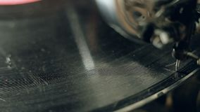 Το παλαιό gramophone βίντεο, κλείνει επάνω, μακρο πυροβολισμός απόθεμα βίντεο