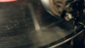 Το παλαιό gramophone βίντεο, κλείνει επάνω, μακρο πυροβολισμός φιλμ μικρού μήκους