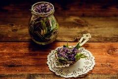 Το παραδοσιακό ρωσικό πράσινο βοτανικό τσάι από Fireweed φεύγει: Τσάι Koporye, ρωσικό τσάι ή Ivan Chai Στοκ φωτογραφίες με δικαίωμα ελεύθερης χρήσης