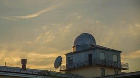 Το παρατηρητήριο στη στέγη στοκ εικόνες με δικαίωμα ελεύθερης χρήσης