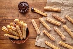 Το παραδοσιακό πρόγευμα πολιτισμού της Ισπανίας Churros ή το γλυκό επιδόρπιο ζύμης μεσημεριανού γεύματος έψησε το πρόχειρο φαγητό Στοκ Εικόνες