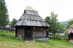 Το παραδοσιακό σερβικό σπίτι fom ΧΙΧ αιώνας, τοποθετεί Zlatibor, Serbi Στοκ φωτογραφία με δικαίωμα ελεύθερης χρήσης