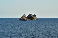 Το παρεκκλησι στο νησί Στοκ Φωτογραφίες