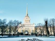 Το παλάτι σε Άγιο Πετρούπολη Στοκ Φωτογραφίες