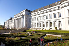 Το παλάτι Kurfürstliches Schloß JElectoral σε Koblenz κατά τη διάρκεια της δενδροκηποκομίας BUGA παρουσιάζει Στοκ εικόνα με δικαίωμα ελεύθερης χρήσης