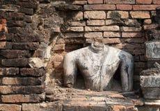 Το παλαιό άγαλμα του Βούδα είναι οριστικό Στοκ Εικόνα