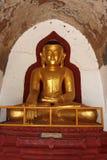 Το παλαιό άγαλμα του Βούδα στον παλαιό ναό παγοδών σε Bagan, το Μιανμάρ Στοκ Εικόνα