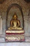 Το παλαιό άγαλμα του Βούδα στον παλαιό ναό παγοδών σε Bagan, το Μιανμάρ Στοκ Εικόνες