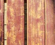 Το παλαιό ξύλινο καφετί υπόβαθρο Στοκ Φωτογραφία