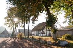 Το παλαιό σπίτι στο δάσος Στοκ Φωτογραφία