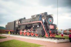 Το παλαιό τραίνο διακοσμεί την ποδιά Στοκ φωτογραφία με δικαίωμα ελεύθερης χρήσης