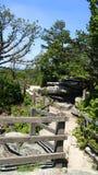 Το πειραματικό βουνό φαίνεται έξω διάβαση πεζών Στοκ φωτογραφίες με δικαίωμα ελεύθερης χρήσης