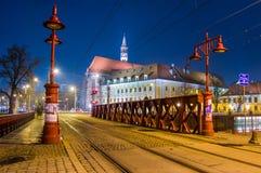 Το περισσότερο Piaskowy η κόκκινη γέφυρα σε Wroclaw, Σιλεσία, Πολωνία Στοκ Εικόνες