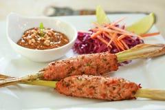 Το πικάντικο κρέας σουβλίζει το ταϊλανδικό ύφος στοκ εικόνες με δικαίωμα ελεύθερης χρήσης