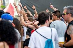 Το πλήθος σε μια συναυλία Download στο φεστιβάλ μουσικής βαρύ μετάλλου Στοκ Εικόνες