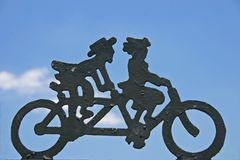 το ποδήλατο έχτισε δύο Στοκ εικόνες με δικαίωμα ελεύθερης χρήσης