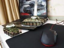 Το ποντίκι υπολογιστών για τα gamers, μπορεί να χρησιμοποιηθεί στα παιχνίδια και σε ένα προσωπικό Η/Υ λεπτομέρειες στοκ φωτογραφίες με δικαίωμα ελεύθερης χρήσης