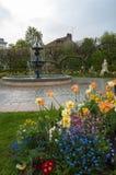 Το πολεμικές μνημείο και η πηγή σε Honfleur Στοκ φωτογραφίες με δικαίωμα ελεύθερης χρήσης