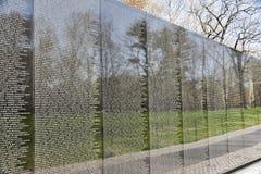Το πολεμικό μνημείο του Βιετνάμ στην Ουάσιγκτον, συνεχές ρεύμα Στοκ Εικόνα