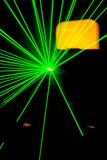 Το πράσινο λέιζερ παρουσιάζει σε ένα disco Στοκ φωτογραφία με δικαίωμα ελεύθερης χρήσης