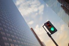 Το πράσινο φως για την έναρξη ακολουθεί το όνειρο Στοκ Φωτογραφίες