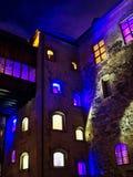 Το προαύλιο του Τουρκού Castle τη νύχτα, αυτό είναι ένα μεσαιωνικό κτήριο στην πόλη του Τουρκού στη Φινλανδία Ιδρύθηκε Στοκ Εικόνες