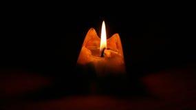 Το πυραμιδικό κερί καίει ολοσχερώς Στοκ εικόνες με δικαίωμα ελεύθερης χρήσης