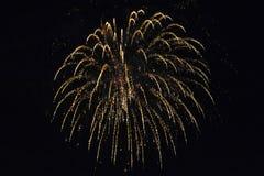 Το πυροτέχνημα εκρήγνυται παράκτια στο ανατολικό Σάσσεξ στοκ φωτογραφίες με δικαίωμα ελεύθερης χρήσης