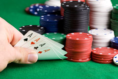το πόκερ κερδίζει Στοκ φωτογραφία με δικαίωμα ελεύθερης χρήσης