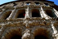 Το ρωμαϊκό κύριο κτήριο Στοκ Εικόνες