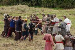 Το ρόλος-παίζοντας παιχνίδι αναδημιουργεί τις μάχες του μογγόλος-Mongol-Tatar ζυγού στην περιοχή Kaluga της Ρωσίας στις 10 Σεπτεμ Στοκ Φωτογραφίες