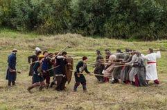 Το ρόλος-παίζοντας παιχνίδι αναδημιουργεί τις μάχες του μογγόλος-Mongol-Tatar ζυγού στην περιοχή Kaluga της Ρωσίας στις 10 Σεπτεμ Στοκ φωτογραφίες με δικαίωμα ελεύθερης χρήσης