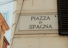 Το σήμα οδών Piazza Di Spagna, Ρώμη, Ιταλία στοκ φωτογραφία